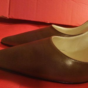 Vintage New Mint Chocolate Pumps( Chadwick's)